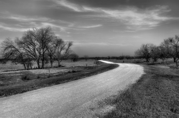 Click image for larger version  Name:long-road.jpg Views:110 Size:94.9 KB ID:10330
