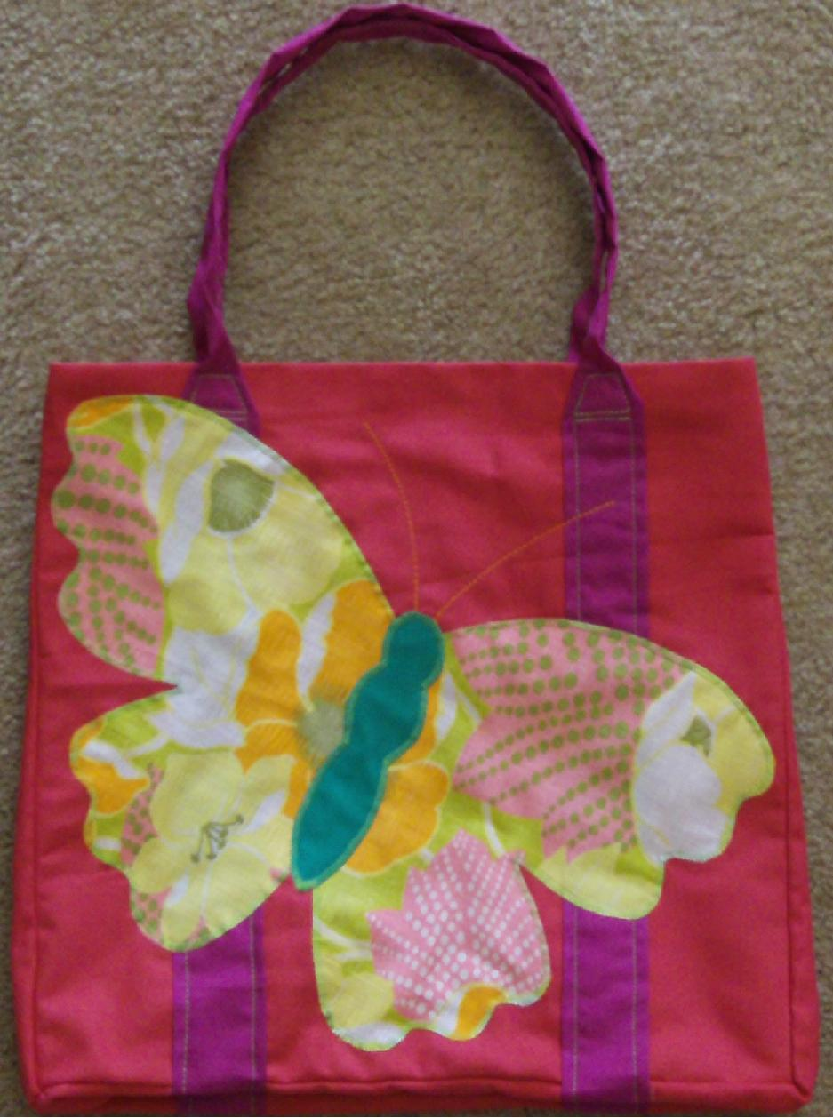 Click image for larger version  Name:Pink Bly Tote B.JPG Views:27 Size:119.6 KB ID:11721