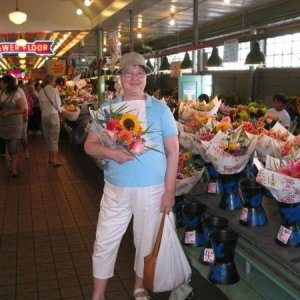 Seattle Farmers Market in 2007; I weighed about 185.